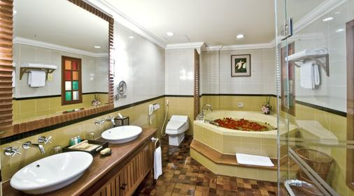 圣卡吴哥酒店 - 暹粒 - 浴室