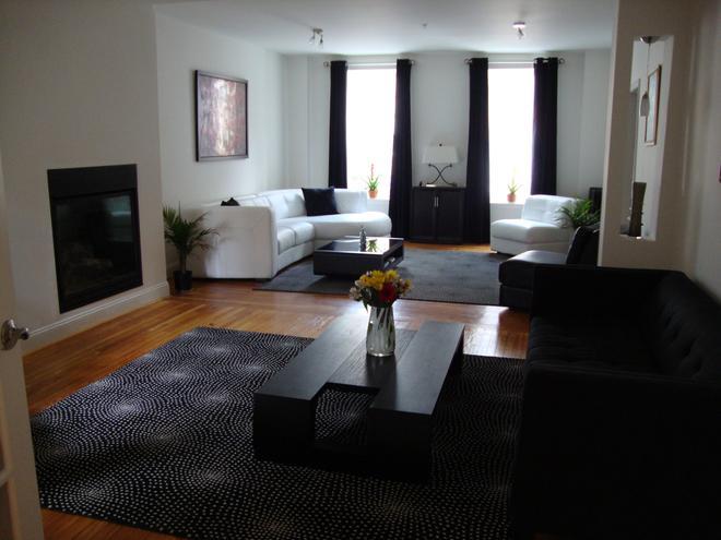 布兰卡诺尔旅馆 - 巴尔的摩 - 客厅