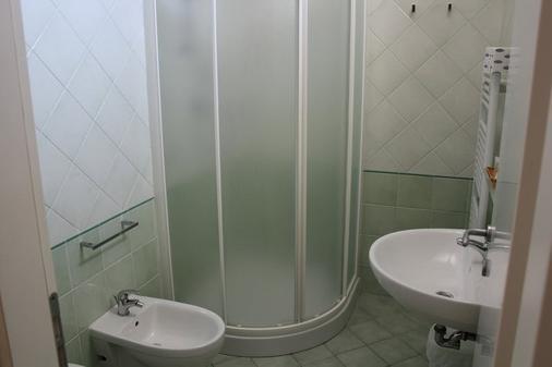 萨瑟里酒店 - 切塞纳蒂科 - 浴室
