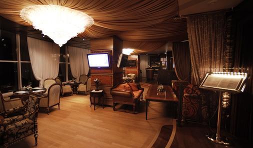 诺比尔豪华精品酒店 - 基希訥烏 - 餐馆