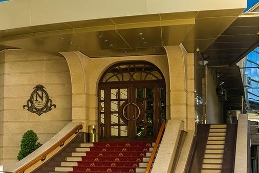 诺比尔豪华精品酒店 - 基希訥烏 - 建筑