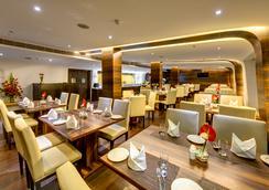 詹姆森西拉酒店 - 加尔各答 - 餐馆