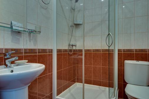 涅夫斯基斯达里酒店 - 圣彼德堡 - 浴室