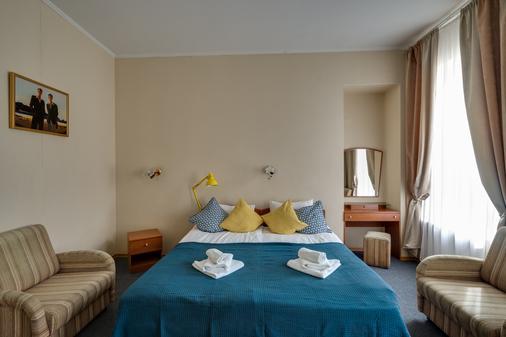 涅夫斯基斯达里酒店 - 圣彼德堡 - 睡房