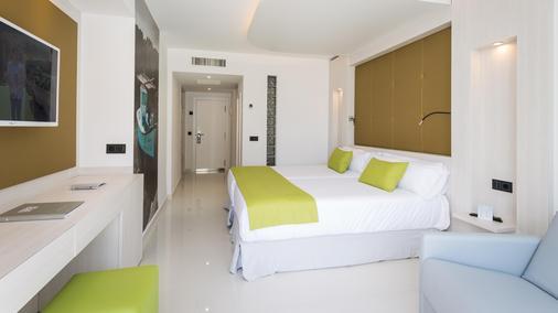瑟勒利斯戈利塔Spa酒店 - 伊维萨镇 - 睡房
