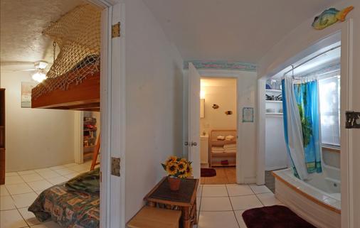 湖岛小屋酒店 - 基拉戈 - 浴室