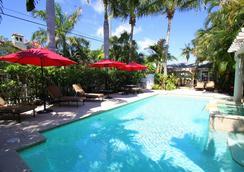 美景住宿加早餐旅馆 - West Palm Beach - 游泳池