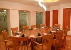 特惠酒店 - 孟买 - 餐馆