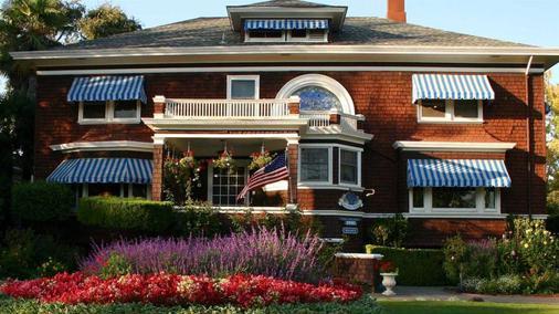 比兹利之家住宿加早餐旅馆 - 纳帕 - 建筑