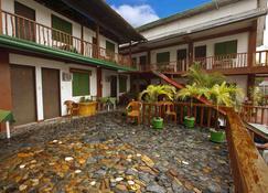 巴德拉兹跳水度假村 - 加莱拉港 - 建筑