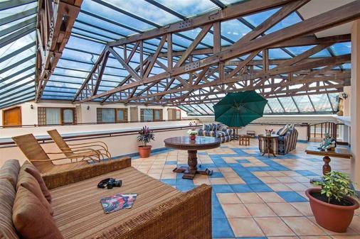 安达卢斯露台酒店 - 基多 - 阳台