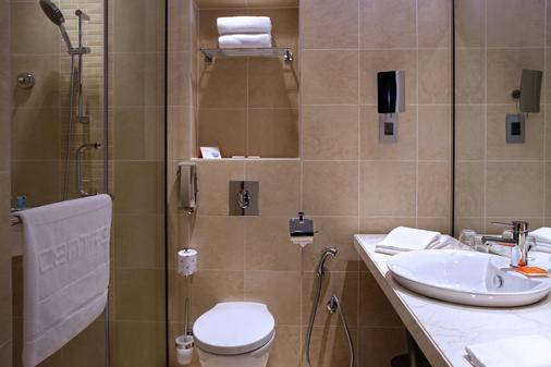炫酷沙迦酒店 - 沙迦 - 浴室