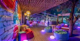 曼谷白金水门诺富特酒店 - 曼谷 - 酒吧