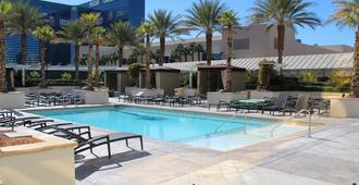 签名豪华套房国际酒店 - 拉斯维加斯