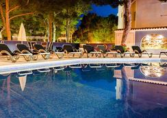 托雷阿祖Spa酒店 - 仅限成年人 - 埃尔阿雷纳尔 - 游泳池