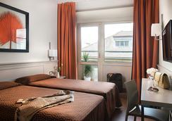 弗莱明大酒店 - 罗马 - 睡房