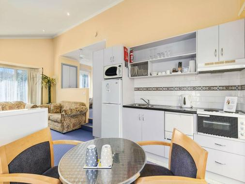 双别墅酒店 - Phillip Island - 厨房