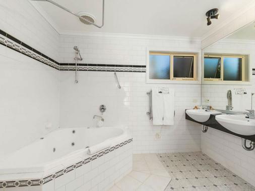 双别墅酒店 - Phillip Island - 浴室