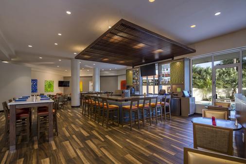 棕榈滩机场会议中心假日酒店 - 西棕榈滩 - 酒吧