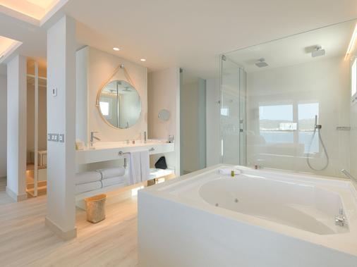 伊比萨艾梅尔海滩酒店 - 圣安东尼奥 - 浴室