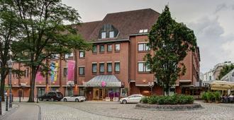 四方酒店 - 布伦瑞克 - 建筑