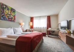 维也纳弗赛德套房酒店 - 维也纳 - 睡房