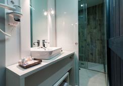 富恩卡拉尔52号B&B酒店 - 马德里 - 浴室