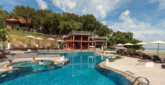 班布里温泉度假酒店 - 苏梅岛 - 游泳池