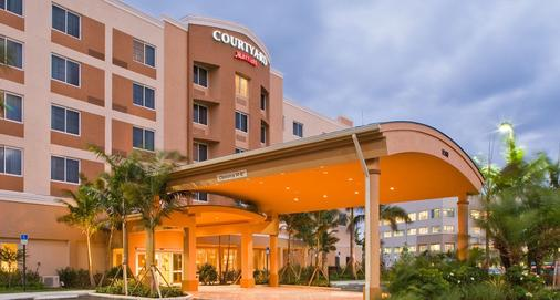 迈阿密西/佛罗里达州收费公路万怡酒店 - 多拉 - 建筑