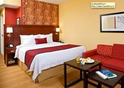 迈阿密西/佛罗里达州收费公路万怡酒店 - 多拉 - 睡房
