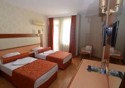 克列奥帕特拉德里姆斯海滩酒店 - 阿拉尼亚 - 睡房