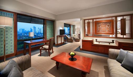 苏丹住宅酒店 - 雅加达 - 睡房