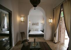 安妮萨特摩洛哥传统庭院住宅 - 马拉喀什 - 睡房