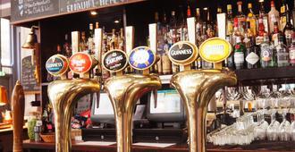 柯乐克优质酒吧和客房酒店 - 伦敦 - 酒吧