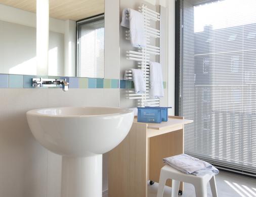 下萨克森酒店 - 韦斯特兰 - 浴室