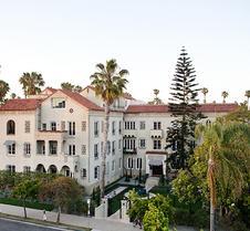 圣莫尼卡帕里豪斯酒店