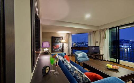 班王朗滨江酒店 - 曼谷 - 客厅