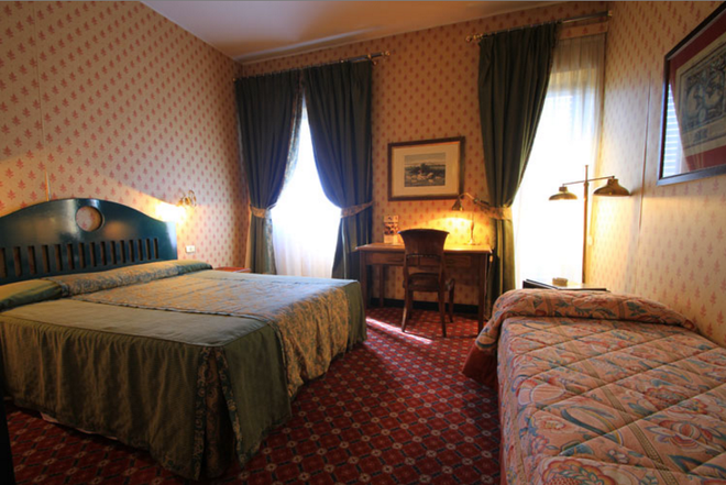 Colony Hotel - 罗马 - 睡房