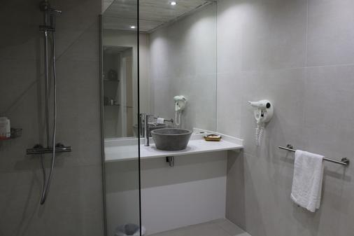 弗勒德艾皮酒店 - Le Gosier - 浴室