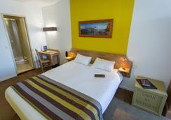 阿里泽马赛老港酒店 - 马赛 - 睡房