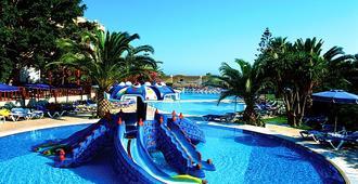 阳光海滩度假大厦 - Ialysos - 游泳池