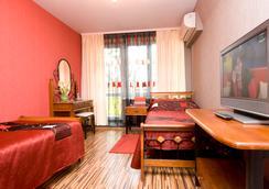 德鲁日酒店及餐厅 - 哈尔科夫 - 睡房