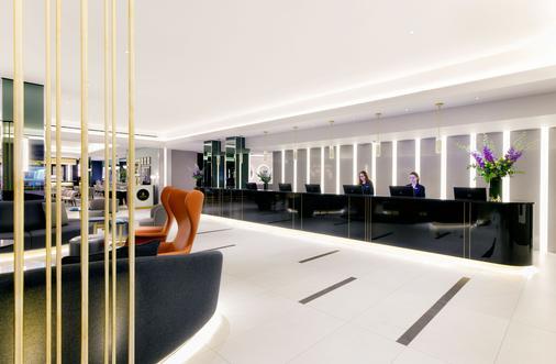 伦敦斯特兰德宫酒店 - 伦敦 - 柜台