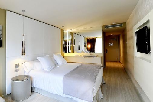 巴塞罗那格鲁姆斯酒店 - 巴塞罗那 - 睡房