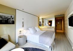 巴塞罗纳布鲁姆斯酒店 - 巴塞罗那 - 睡房