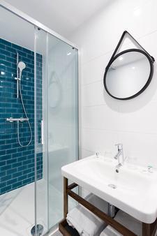 快乐文化拿普酒店 - 尼斯 - 浴室