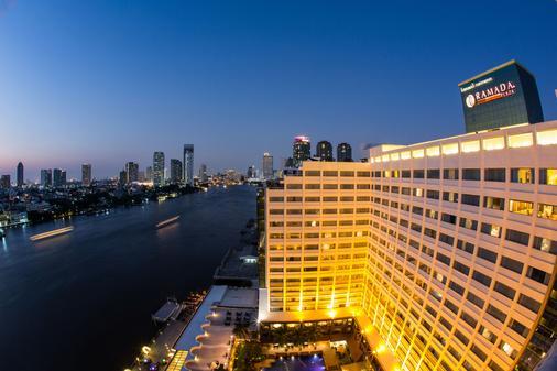 曼谷湄南岸华美达酒店 - 曼谷 - 建筑