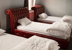 背包客帝国酒店 - 霍巴特 - 睡房