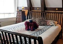 Bed & Breakfast Barangay - 阿姆斯特丹 - 睡房