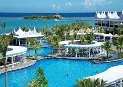 蒙特哥贝 RIU 酒店 - 蒙特哥贝 - 游泳池